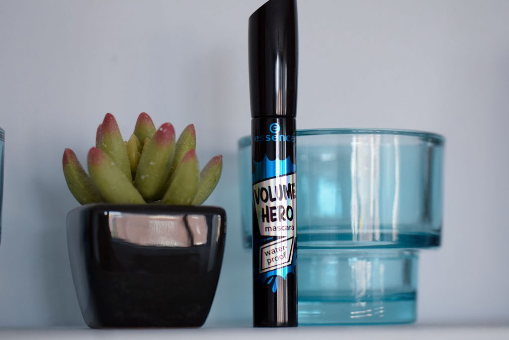 Essence volume hero mascara
