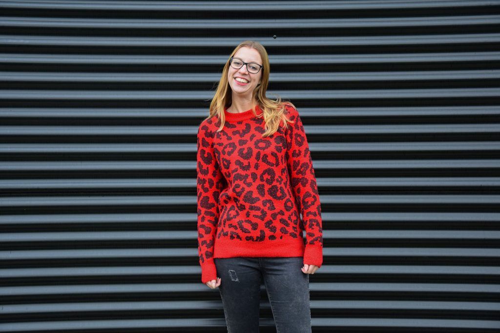 rode luipaard print trui