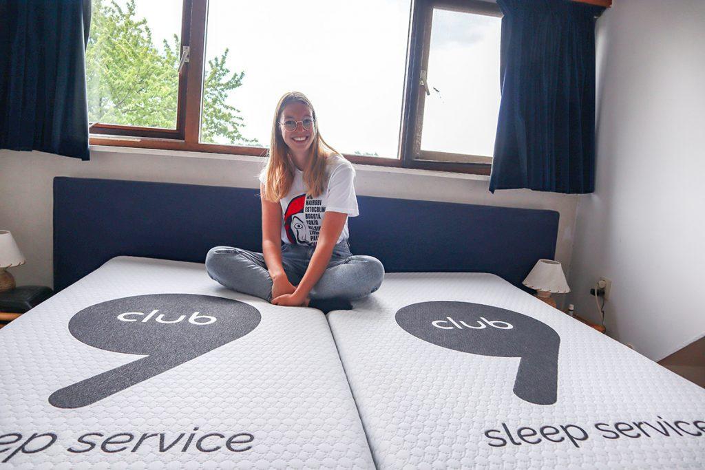 Club 9 bed